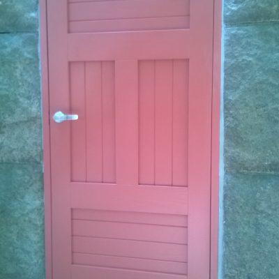 Varaston ovi, alkuperäisen tyylin säilyttäen, Turku